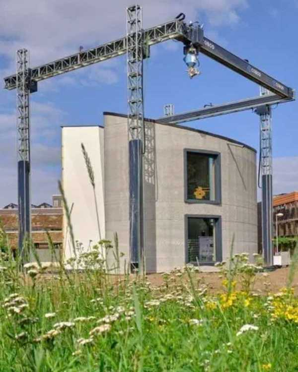 3D-Printer Completes the Largest 3D-Printed Home in Europe